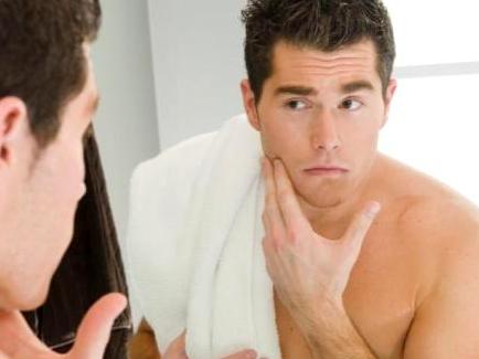 Phương pháp trị mụn nhanh nhất cho nam giới