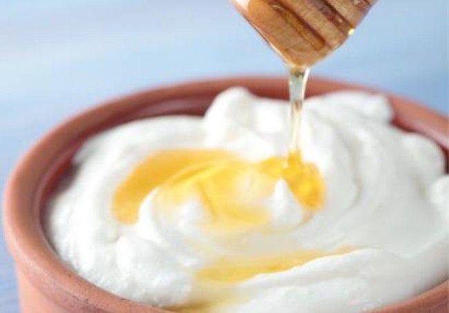 Phương pháp trị mụn bằng trứng gà