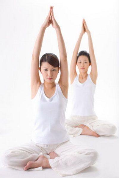 tập yoga giảm béo bụng