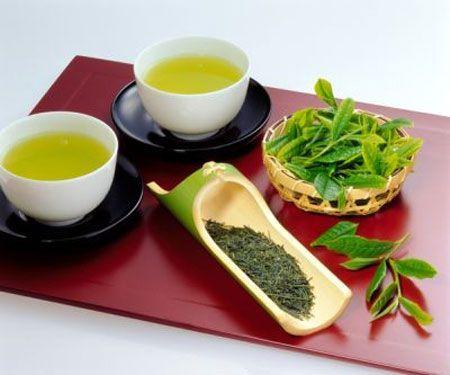 Trị nám bằng trà xanh