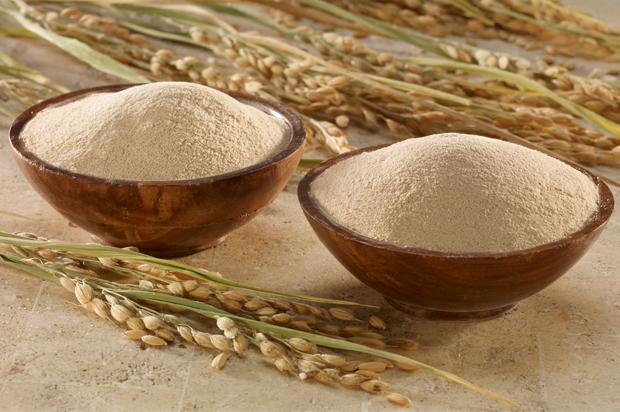 trị nám da bằng cám gạo