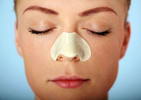 Cách chữa mụn ở mũi