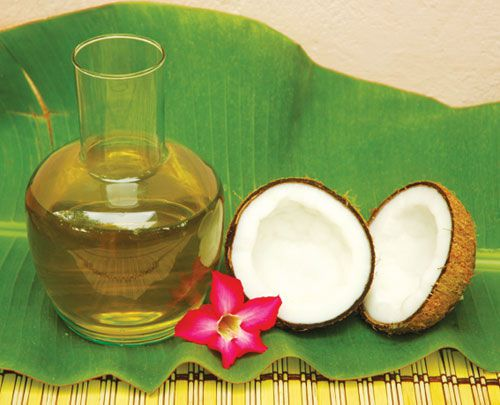 chữa mụn bằng dầu dừa