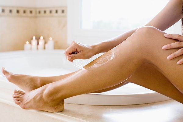 Tẩy lông chân tại nhà