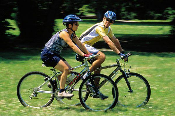 Đạp xe giảm béo đùi