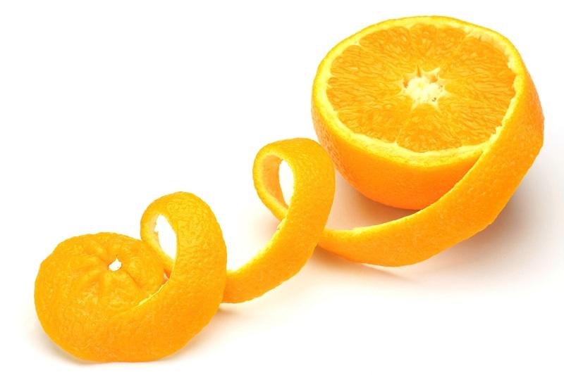 Bí quyết thổi bay mụn từ vỏ cam