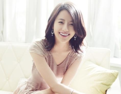 Hé lộ công thức tắm trắng siêu hiệu quả của mỹ nhân Hàn