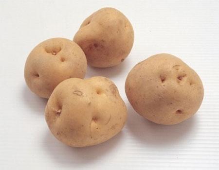 Học lỏm cách làm trắng da từ khoai tây của Lâm Tâm Như