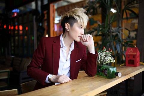 Bi_mat_lan_da_cang_min_cua_tomboy_Lin_Jay