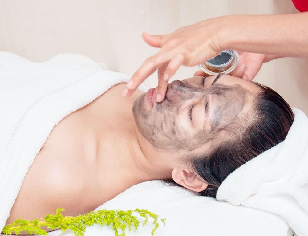 Se khít lỗ chân lông cho da dầu bằng cách nào?