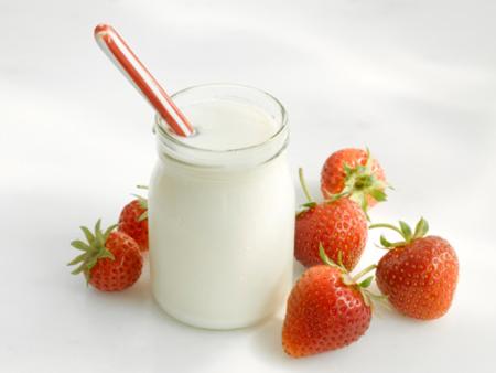 Thổi bay tàn nhang cực nhanh với sữa chua