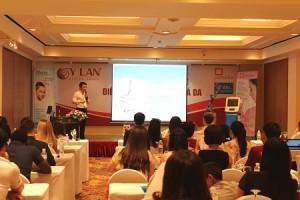 Ảnh 2. Ông Nguyễn Thế Hùng- Giám đốc công ty BEMED trình bày ưu điểm vượt trội của công nghệ Pastelle