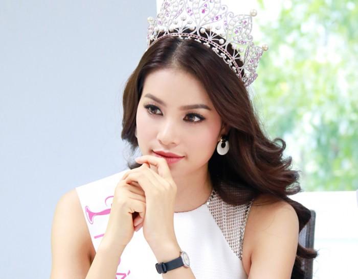 Đọ dáng lông mày của hoa hậu Phạm Hương và Lan Khuê