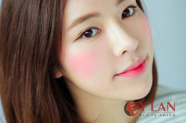 Màu môi đẹp nhất hiện nay là gì- gợi ý tuyệt hay cho bạn gái