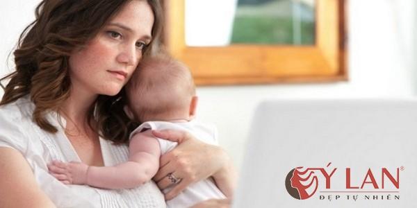 Top White - Vì sao phụ nữ sau sinh thường bị nám da