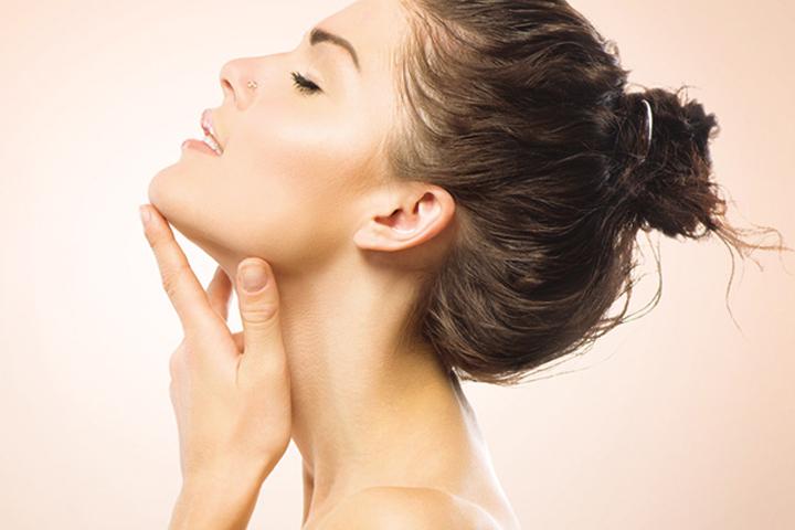 5 cách để điều trị nếp nhăn trên cổ
