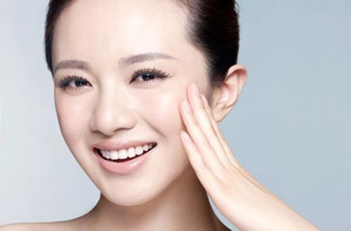 Tìm hiểu về làm trắng da bằng tinh thể canxi baby Skin