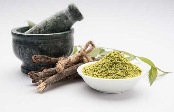 bot-neem-cung-la-nguyen-lieu-duoc-chi-em-lua-chon