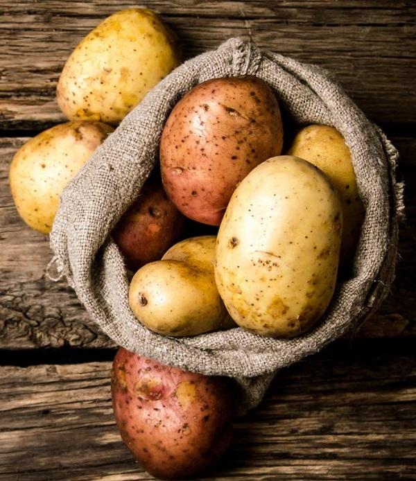 """Công dụng chăm sóc da """"4 in 1"""" của khoai tây, siêu an toàn và tiết kiệm"""