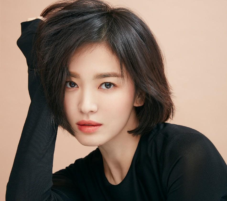 Chạm ngưỡng 36, Song Hye Kyo vẫn đẹp bất chấp, học bí quyết trẻ hóa!