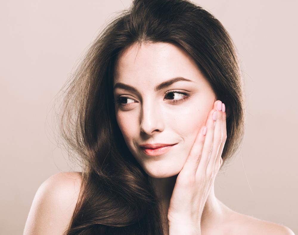 Se khít lỗ chân lông bằng mặt nạ than Cacbon hoạt tính có hiệu quả không?