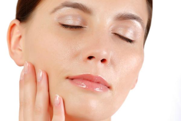 Trị nám 28 ngày bằng serum có hiệu quả không? Có tái phát không?