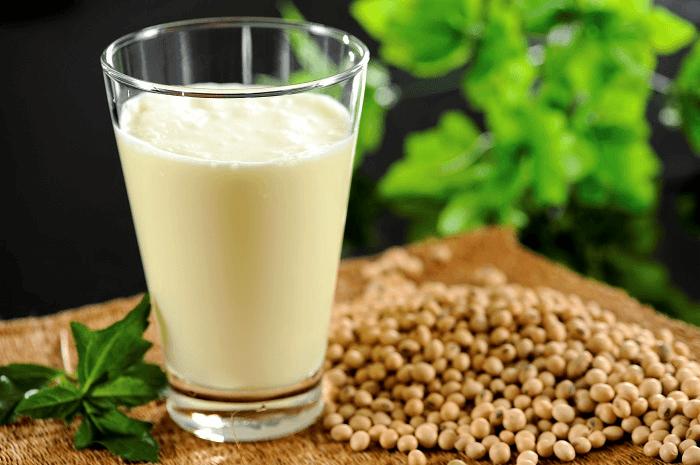 Học ngay cách chế 4 loại sữa rửa mặt làm trắng da từ đậu tương