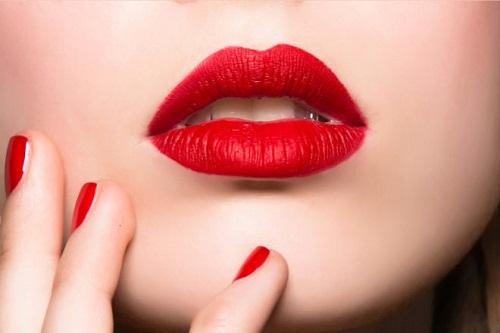 Phun môi được bao lâu thì phai màu?